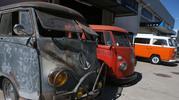 """Restauro de carrinhas modelo Kombi """"Pão de forma"""" da Volkswagen"""