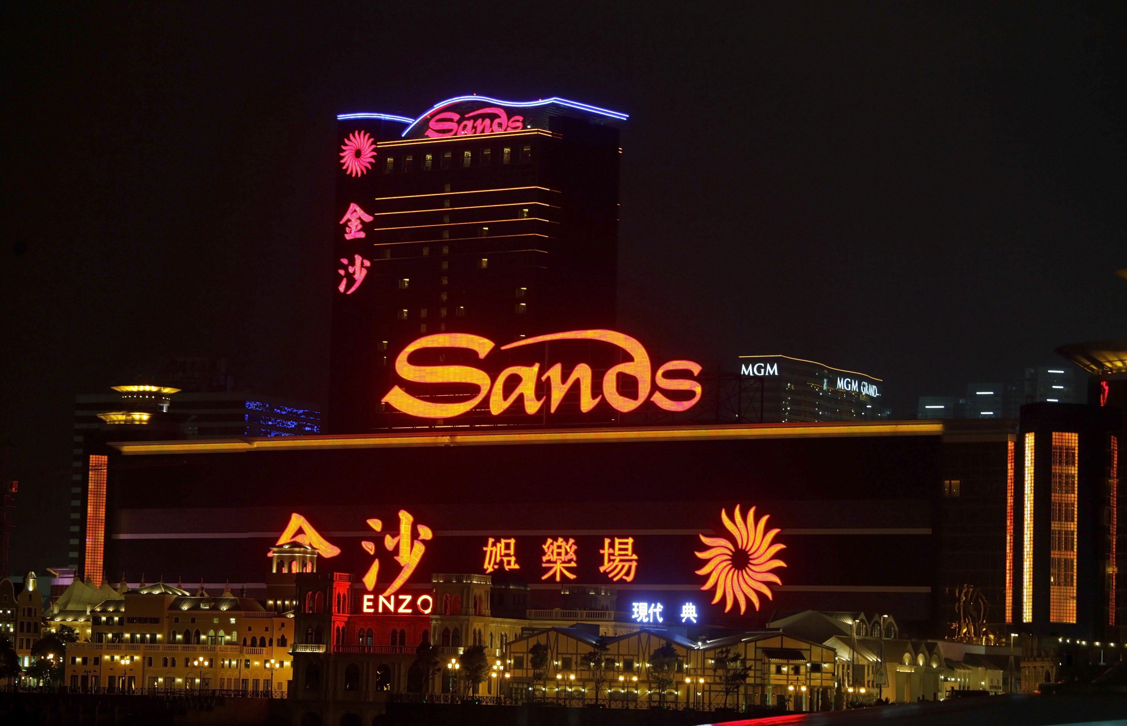Lucros da operadora de jogo de Macau Sands China caíram 39% no segundo trimestre