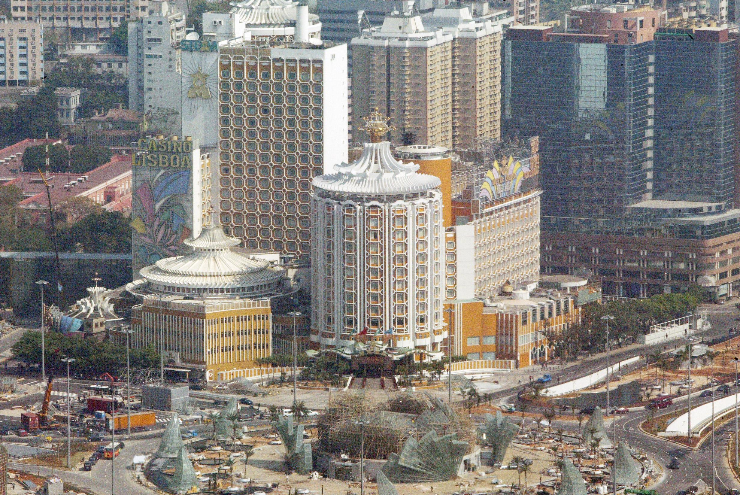 Receitas públicas de Macau caíram 15,8% até abril