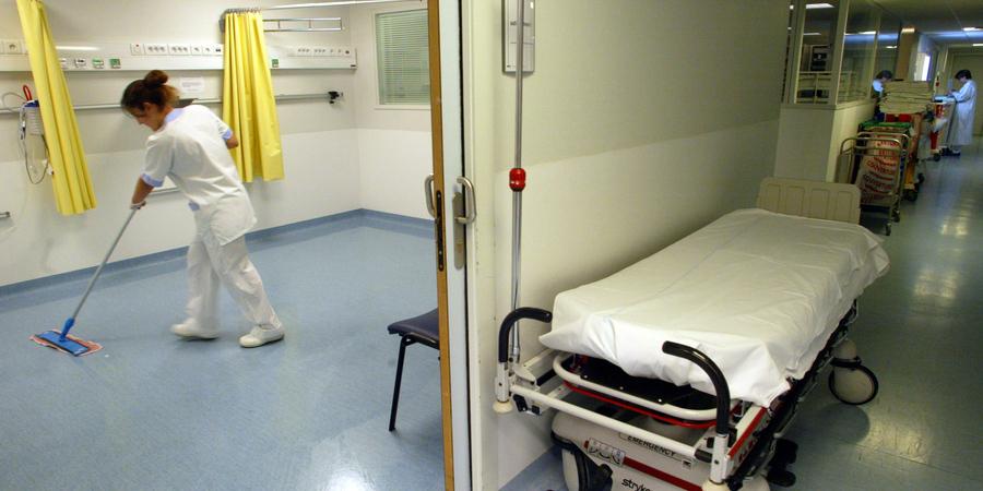 Precários dos hospitais do Oeste suspendem greve para negociar 35 horas