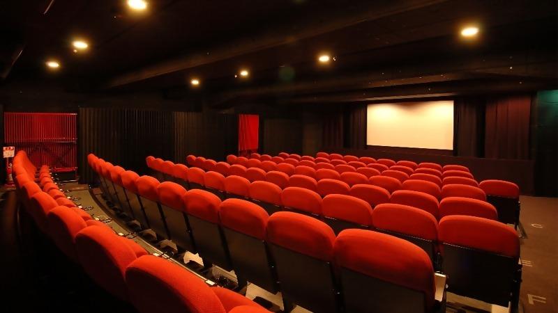 """Prémio de festival Dox de cinema documental atribuído ao sueco """"The Raft"""""""