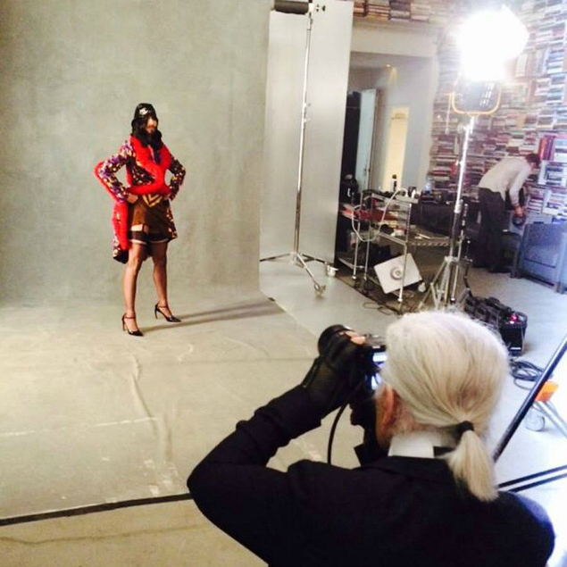 Conchita Wurst posa para Karl Lagerfeld