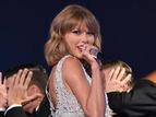 Taylor Swift eleita a Personalidade Mais Bem Vestida de 2014