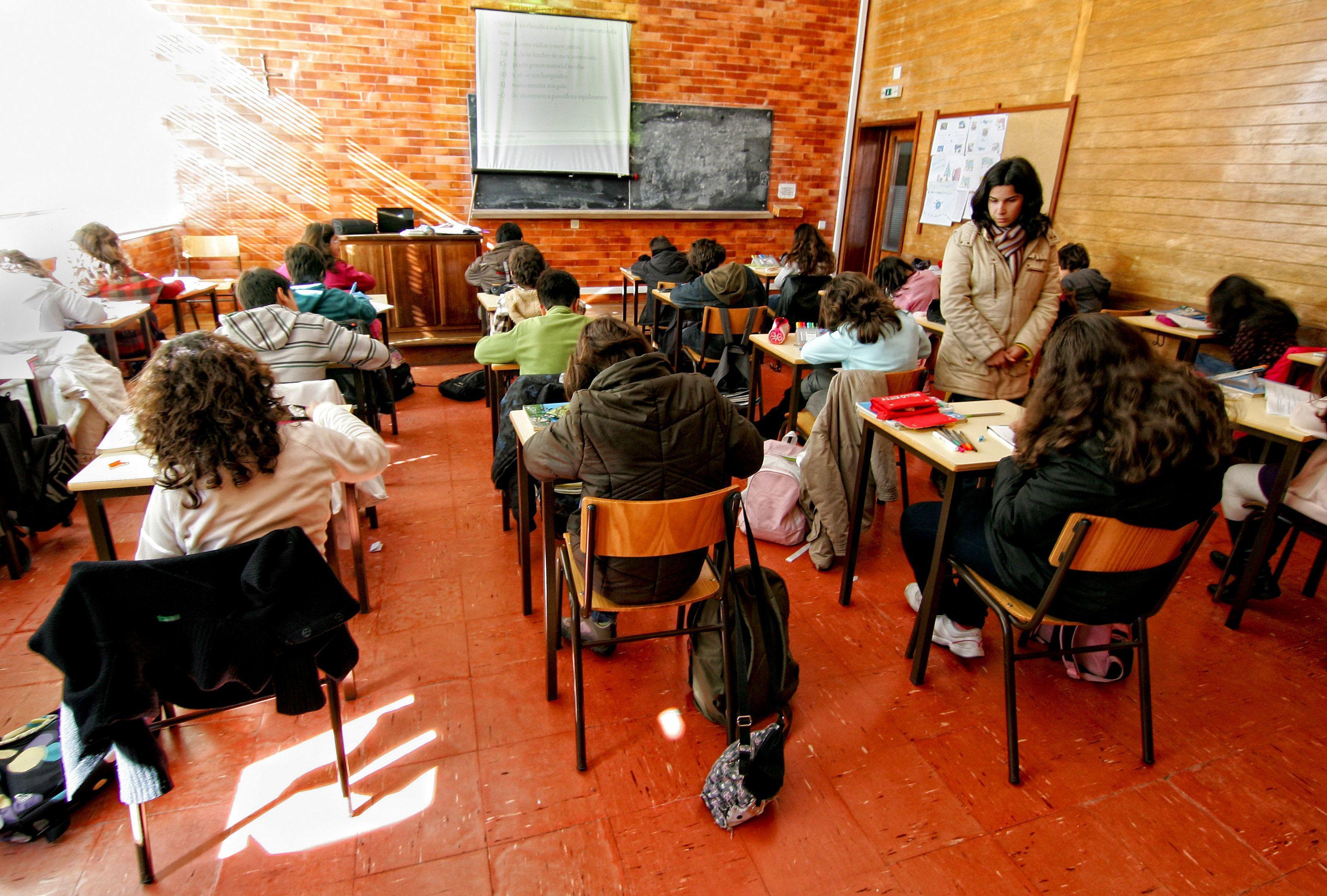 Movimento em defesa da Escola Pública marca manifestação para 18 de julho