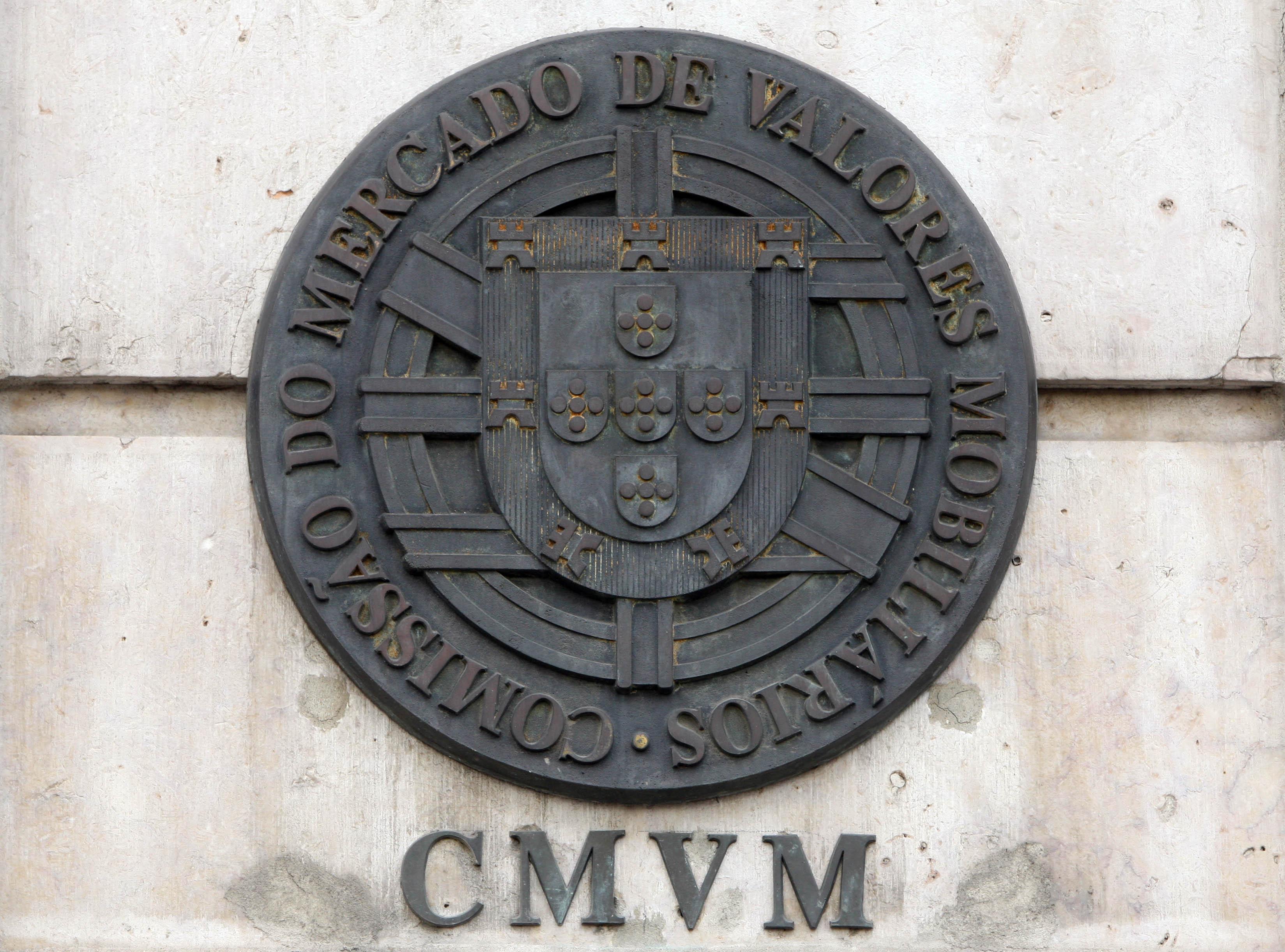 Inquérito da CMVM sugere que investidores sobreavaliam conhecimentos