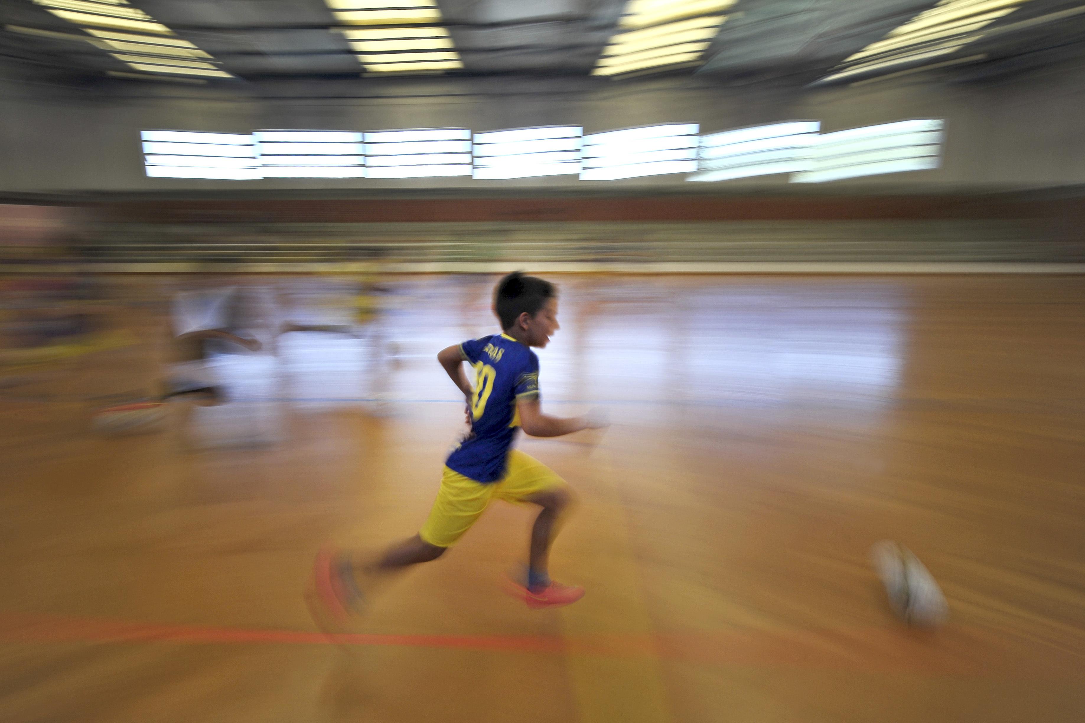 Ambiente social promove discriminação de género na atividade física infantil