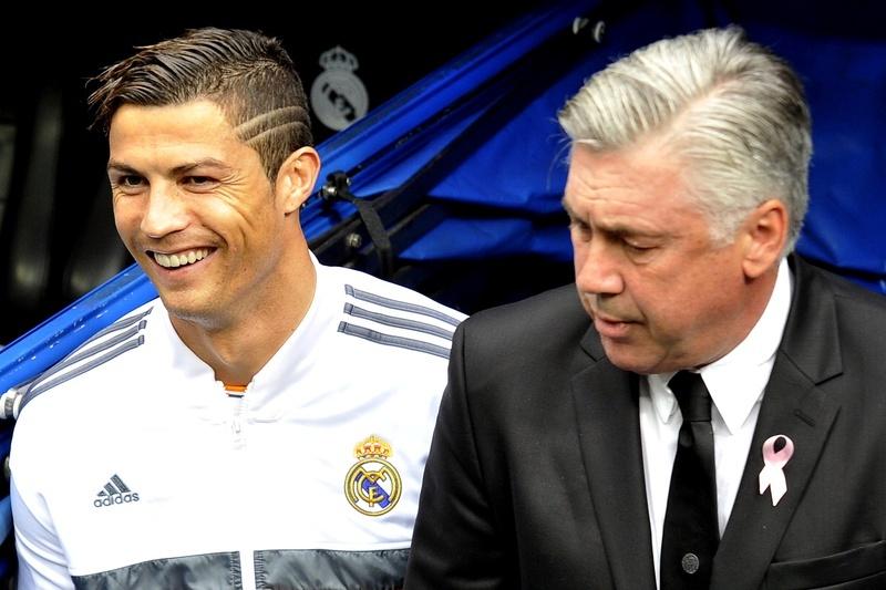 """Ancelotti diz que Cristiano """"está bem"""", mas vai parar duas semanas"""