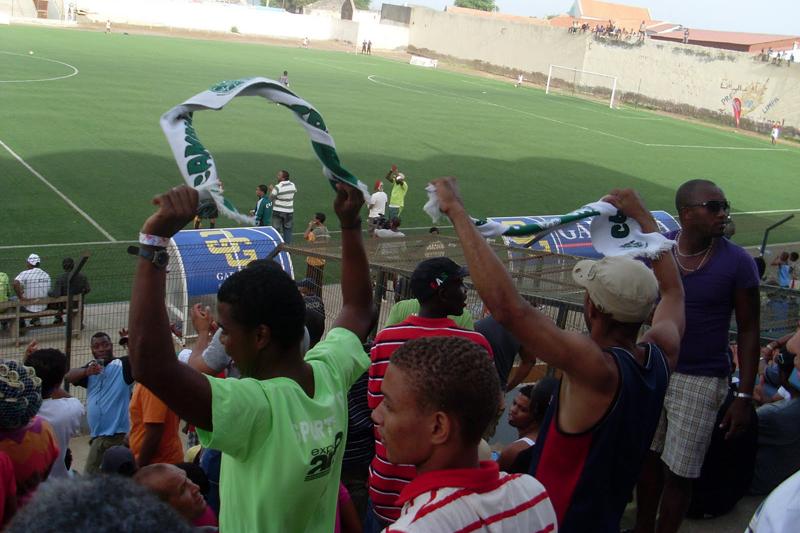 Mindelense e Sporting da Praia jogam sábado na Várzea na Taça dos campeões