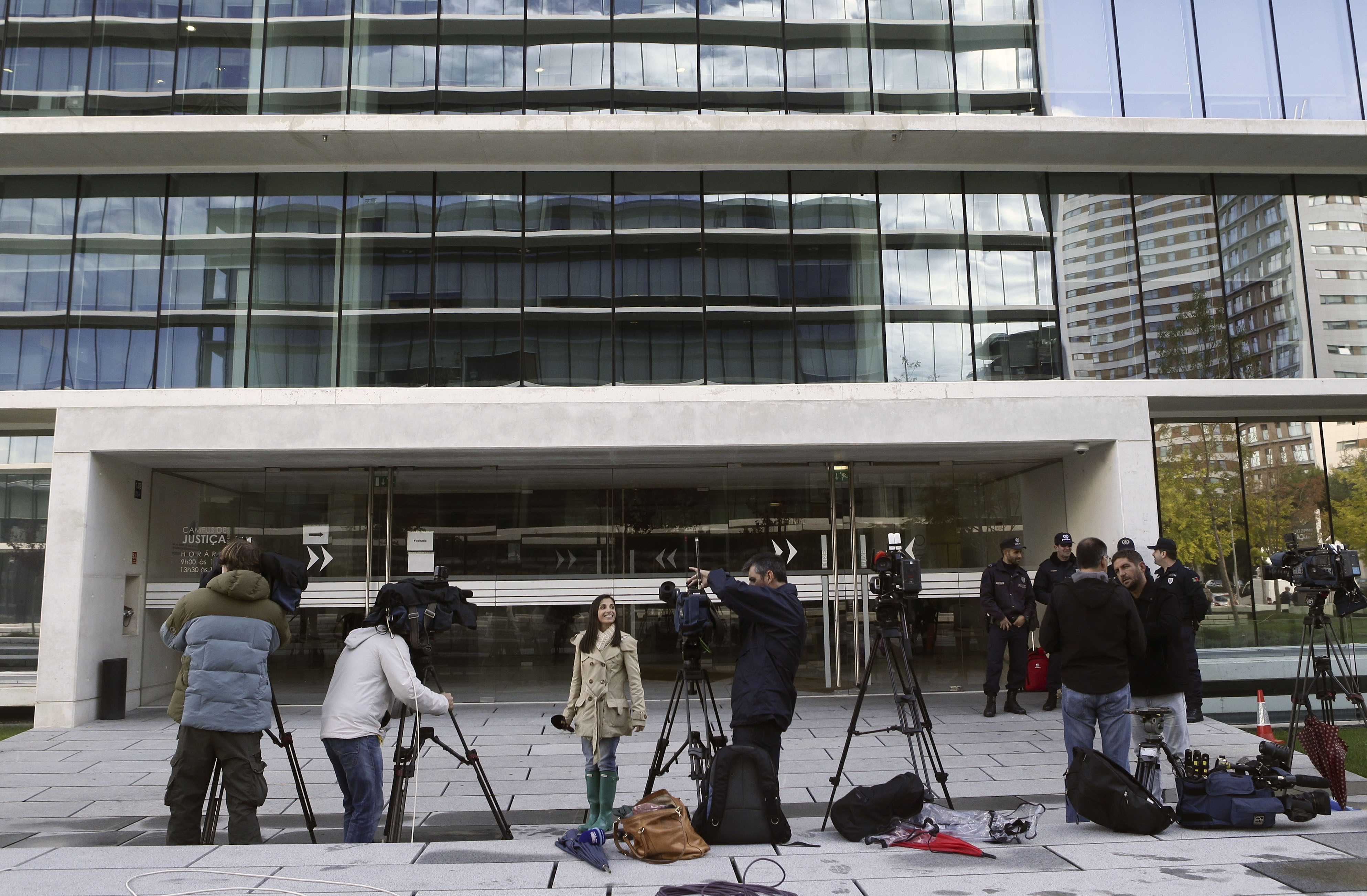 Parlamento aprova por unanimidade reforço da proteção jurídico-penal dos jornalistas